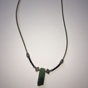 Original green gemstone necklace